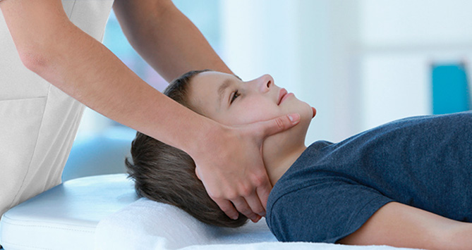 Teenager massage